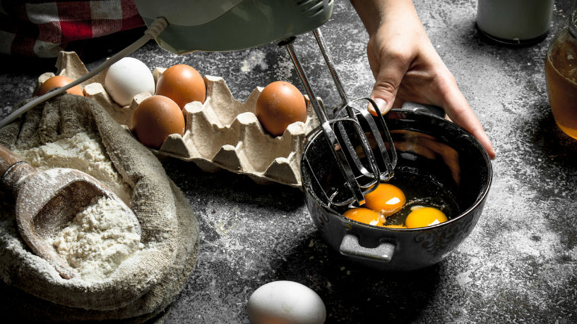 How to Practice Egg-cellent Food Safety